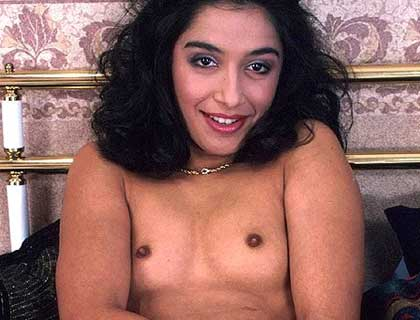 Desi Phone Sex Chat Dirty Phone Lines 35p